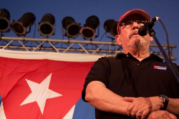 Silvio saluda a Bajo de Santa Ana, Santa Fe. Foto: Alejandro Ramírez Anderson.