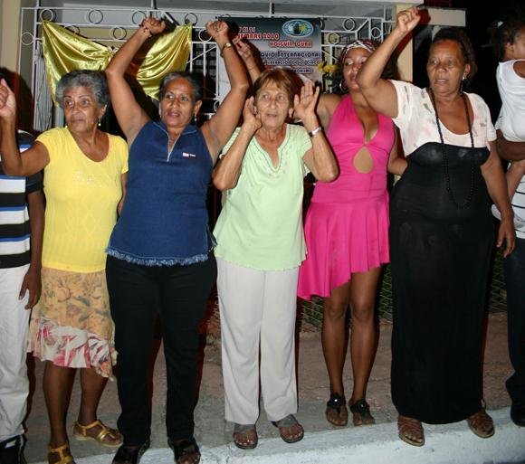 """""""No estamos todos, faltan Los Cinco"""".  Foto: Daylén Vega / Cubadebate."""