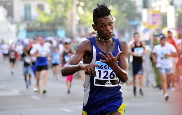 Richer Pérez, ganador de la media maratón. Foto: Ladyrene Pérez/Cubadebate.