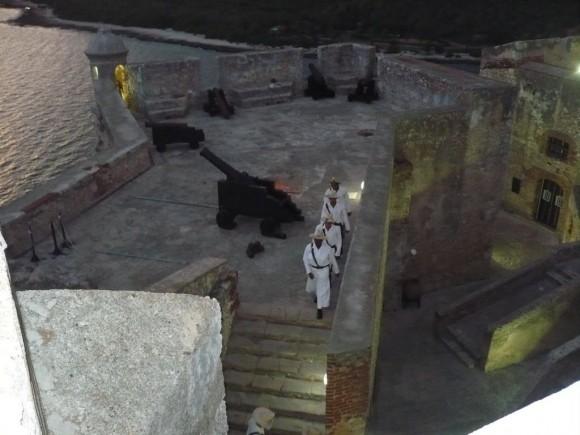 Ceremonia del cañonazo en el Morro santiaguero. Foto: Dra. Ines Esteban Armas. Oftalmóloga, Ciego de Ávila