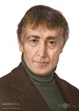 John Lennon (1940-1980, 40 años) Fundador de los Beatles, pacifista.