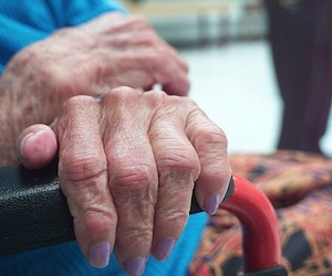 Científicos descubren causa biológica del envejecimiento celular