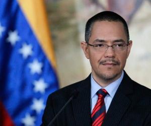 Ministro Villegas denuncia guión golpista de ultraderecha venezolana