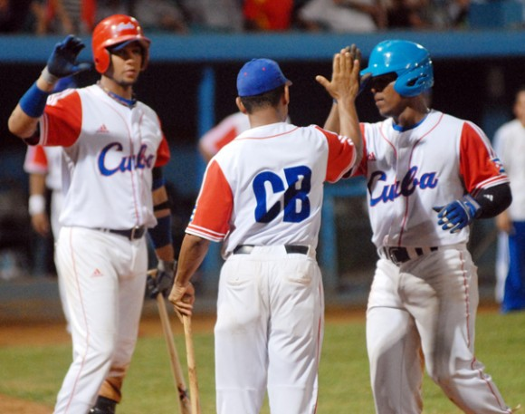 Los equipos cubanos ganaron siete de las 12 ediciones de la primera etapa de la pequeña Serie Mundial Latinoamericana, incluyendo de forma invicta en su última aparición (1960). Foto: Archivo.