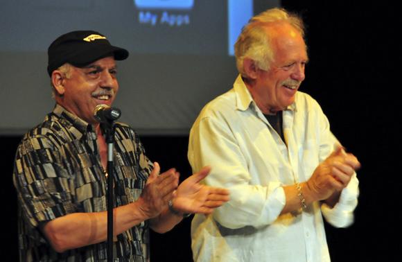 """Roberto Chile y Eugene Corr durante la presentación de """"Ghost Town to Havana"""". Foto: Ladyrene Pérez/Cubadebate."""