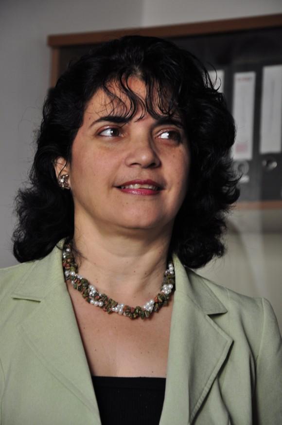 La Dr. Rosa Lucia, subdirectora del Centro hace su exposición. Foto: Roberto Garaicoa Martínez/Cubadebate