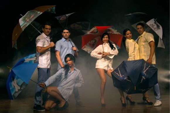 Sombrillas y paraguas Proyecto Moda y Comunicación de RTV Comercial