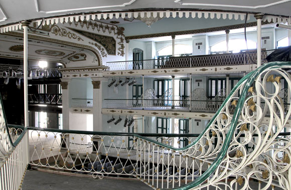 Interior del Teatro Martí. Foto: Ladyrene Pérez/Cubadebate.