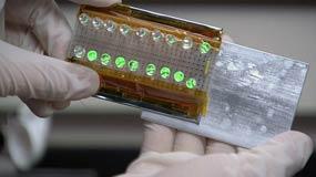 El generador de energía triboeléctrico que pudiera solucionar los problemas con la recarga de baterías. Foto: Science Daily