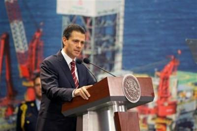 Enrique Peña, presidente de México, promulga la Reforma Energética. Foto: Telesur.
