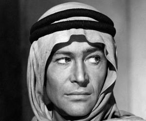 Peter O'Toole, caracterizado de Lawrence de Arabia (1962) .