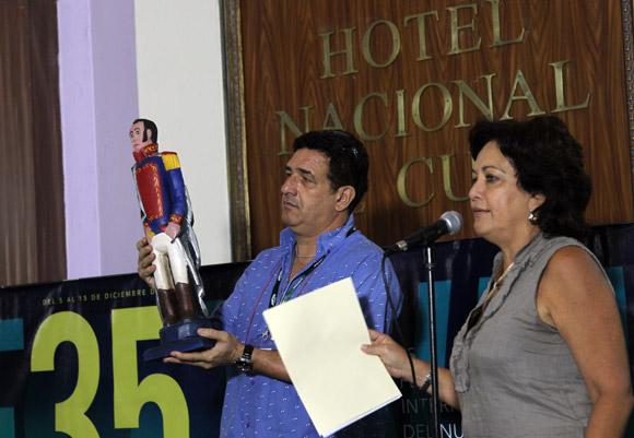 Arleen Rodríguez y Frank Padrón, miembros del jurado del Premio Telesur del 35 festival de Cine de la Habana. Foto: Ismael Francisco / Cubadebate.