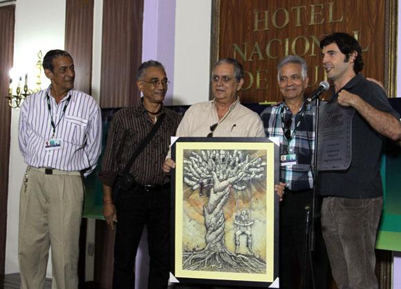La cinta La jaula de Oro, del realizador hispano-mexicano Diego Quemada-Diez, mereció el Premio Glauber Rocha 2013, que otorga la prensa extranjera acreditada en el 35 Festival de Cine de La Habana. Foto: Ismael Francisco/Cubadebate.