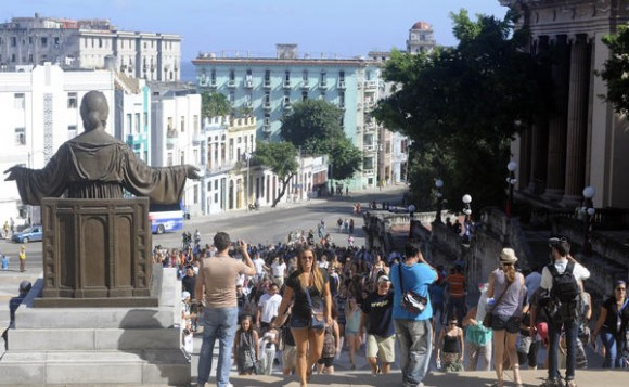 Cuban and the U.S. Educational Institutions Plan New Exchanges