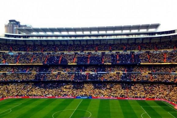 Así esperó el Santiago Bernabéu para celebrar el Balón de Oro de Cristiano Ronaldo.