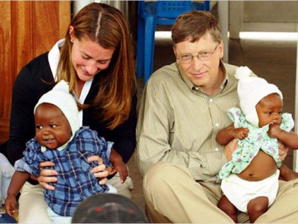 1.900 millones de dólares donados, tan sólo en el año 2012, para luchar contra la polio y la malaria,  convierten al matrimonio Gates de los EE.UU. en los mayores filántropos de ese país, conforme la información de Forbes, revista especializada en esos temas. Foto: EFE (Archivo).