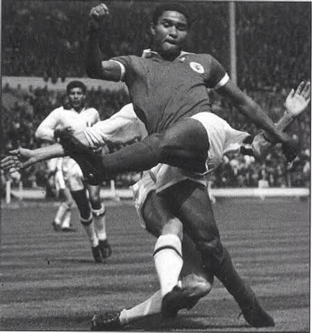 Eusebio fue el máximo goleador de europa y Bota de Oro en 1968