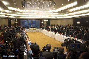 Naciones Unidas había manifestado sus expectativas de conocer con tiempo las delegaciones de las partes, en aras de celebrar encuentros previos al de mañana, cuando Brahimi será anfitrión de las conversaciones.