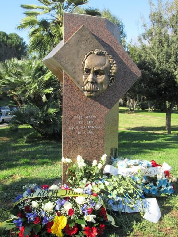 Homenaje a Martí en el Lago del EUR, Roma, 25 de enero de 2014. Foto: Raúl