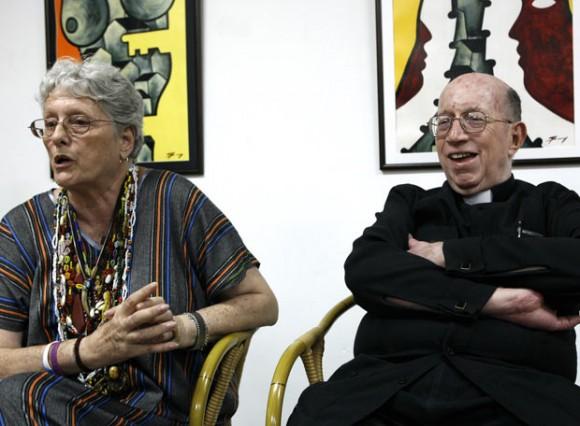 Monseñor Carlos Manuel de Céspedes y Natalia Bolívar. Foto de la autora