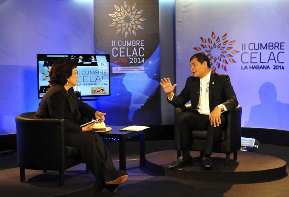 Rafael Correa en entrevista con Arleen Rodríguez, para Telesur. Foto: Ladyrene Pérez/Cubadebate.