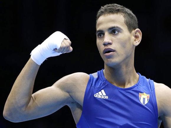 Federación Cubana de Boxeo sanciona a Robeisy Ramírez