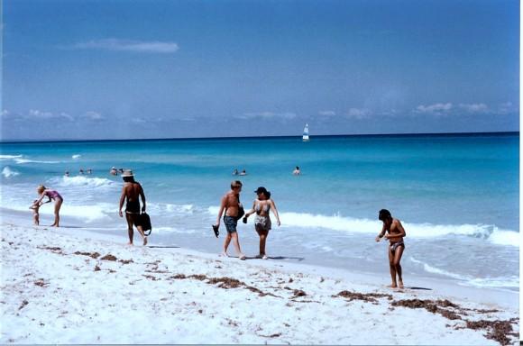 Los turistas cubanos prefieren la temporada estival para su estancia.