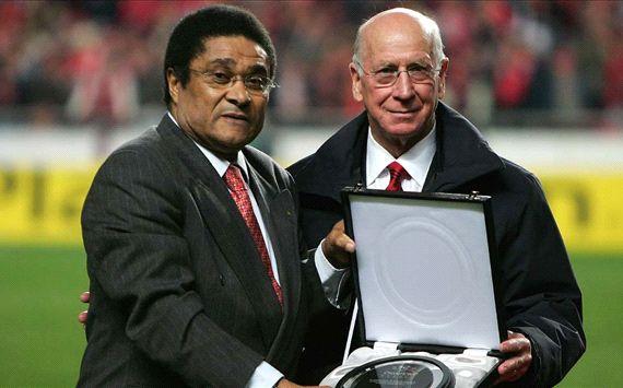 Viejos amigos  Eusebio y Bobby Charlton se enfrentaron en el Mundial 1966