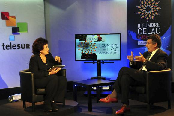 Chacho Alvarez y Arleen Rodriguez en Telesur. Foto: Ladyrene Pérez/ Cubadebate