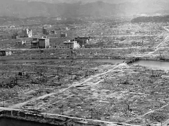 Las ruinas de Hiroshima después de la explosión de Little Boy © Wikimedia.org / U.S. Navy Public Affairs Resources Website