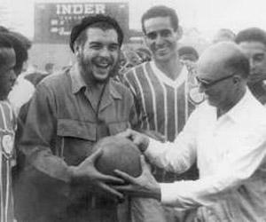 El Che, con el Madureira.