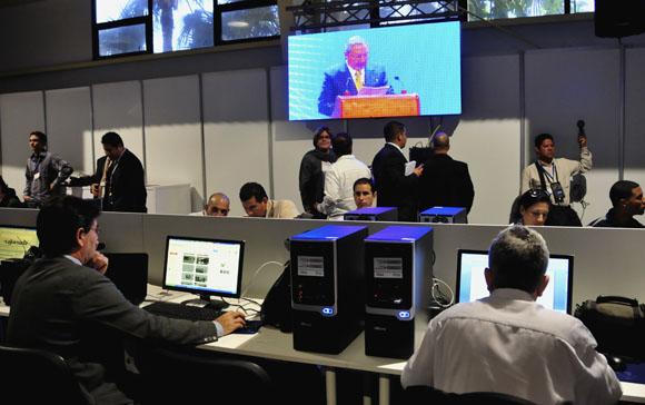 Raúl interviene en la Cumbre. Imagen tomada en la Sala de Prensa. Foto: Ladyrene Pérez/ Cubadebate