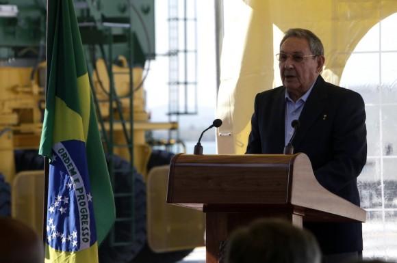 Intervención de Raúl en la inauguración de la Terminal del Mariel. Foto: Ismael Francisco/ Cubadebate