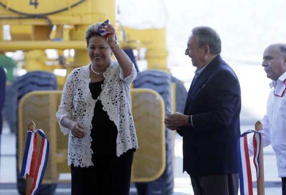Dilma y Raúl en la inauguración de la Terminal de Contenedores de Mariel. Foto: Ismael Francisco/ Cubadebate