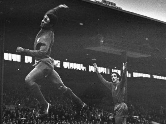 Eusebio está considerado entre los 10 primeros jugadores de la historia del fútbol