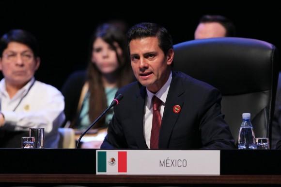 Enrique Peña Nieto en la Cumbre. Foto: Ismael Francisco/ Cubadebate