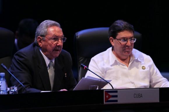 Raúl Castro: Declaro a América Latina y el Caribe zona de paz. Foto: Ismael Francisco/Cubadebate