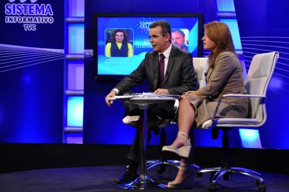 Froilán Arencibia y Cristina Escobar: excelente cobertura. Foto: Roberto Garaicoa/ Cubadebate