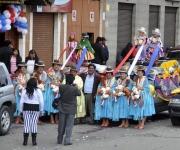 Fiesta multicolor boliviana. Foto: Kaloian.