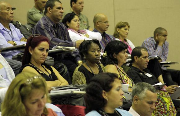 Sesión Plenaria Congreso de la CTC. Foto: Ismael Francisco / Cubadebate.