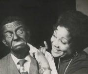 Aurora Basnuevo con Ramón Espígull en la obra Tambores. Teatro Martí