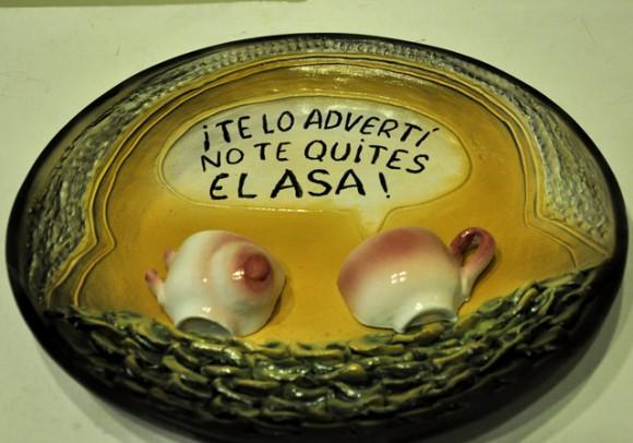 No te quites el asa. Foto: Roberto Garaycoa / Cubadebate.