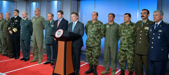 Santos + cupula militar colombiana