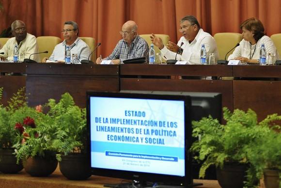 Intervención de Marino Murillo en el XX Congreso de la CTC. Foto: Raúl Pupo.