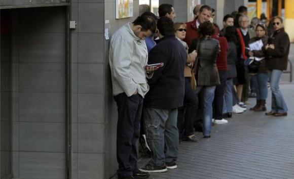 Los desempleados en España ya suman 4,8 millones