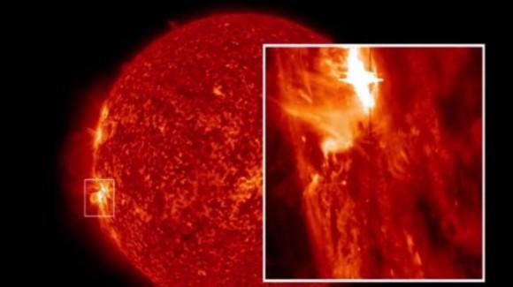 Espectacular imágen de la mayor erupción solar jamás captada por el IRIS . © NASA Goddard