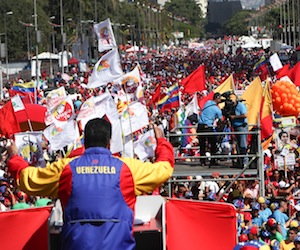 Llama Maduro a lograr Estado Comunal del Plan de la Patria