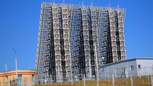 El Ministerio de Defensa ruso lleva a cabo la instalación de nuevos radares AESA de alerta temprana a lo largo de las extensas fronteras del país.