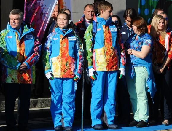 El uniforme de los voluntarios en los Juegos Olímpicos de Sochi es pura alegría.