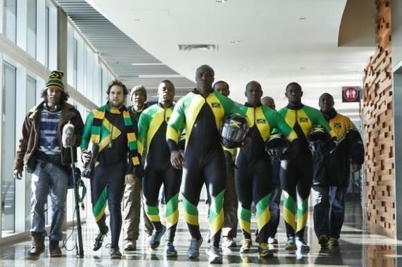 Como sacados de X-Men, el equipo caribeño lleva una vestimenta digna de su colorido país.